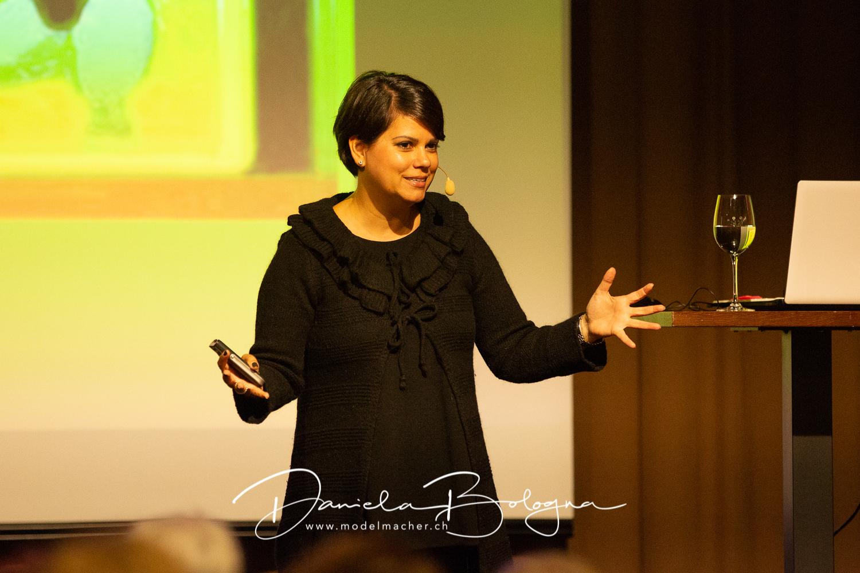 Sita Mazumder zu Frauen, Feelings und Finanzen